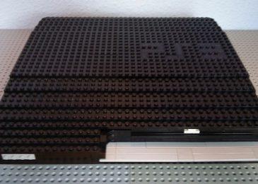 PlayStation 3 i DualShock zbudowane z klocków lego